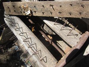 キイロスズメバチが農具の中に作った巣 喜多方市、7月中旬.jpg
