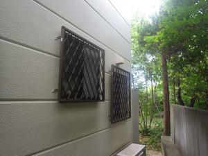 三春町でスズメバチ駆除の現場.jpg